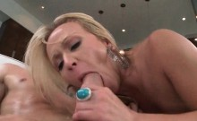 Huge Ass Blonde Hoe Humps And Eats Cock