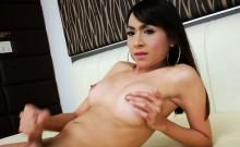 Asian tranny Sugar makes herself cum off