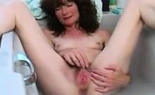 Hairy Mature Woman Having Fun In The Tub