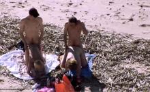 Amateur couple doggystyle sex on the beach